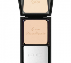 Пудра Silk Touch Compact Powder от Artdeco