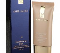 Устойчивая крем-пудра SPF 10 Double Wear Light от Estee Lauder