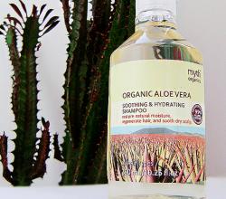 Успокаивающий и увлажняющий шампунь с алое вера от Myth Organics