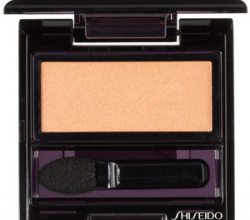 Тени для век Luminizing Satin Eye Color (оттенок BE202) от Shiseido