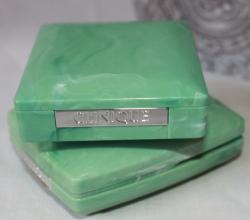 Компактная пудра Almost powder makeup SPF 15 от Clinique
