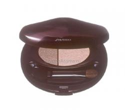 Двойные тени с шелковой текстурой от Shiseido