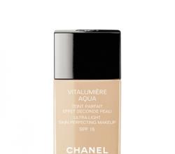 Тональный крем Vitalumiere Aqua от Chanel
