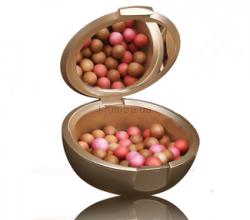 """Румяна в шариках Giordani Gold Bronzing Pearls (оттенок """"Естественное сияние"""") от Oriflame"""