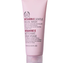Гель для умывания Vitamin E Gentle Facial Wash от The Body Shop