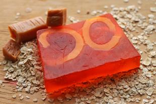 Глицериновое мыло ручной работы «Сливочная ириска» от Мыловаров (1)