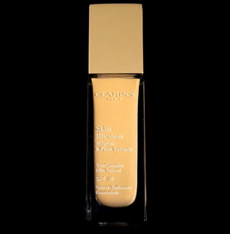 Увлажняющий тональный крем, придающий сияние коже Skin Illusion с SPF 10 от Clarins
