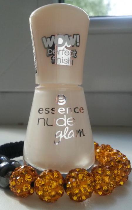 Лак для ногтей Nude Glam (оттенок № 7 Ice, ice baby!) от Essence