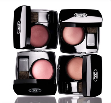 Румяна Joues Contraste Powder Blush (оттенок № 72 Rose Initiale) от Chanel