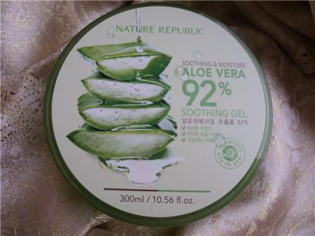 Многофункциональный гель с алоэ Soothing & Moisture Aloe Vera Soothing Gel от Nature Republic