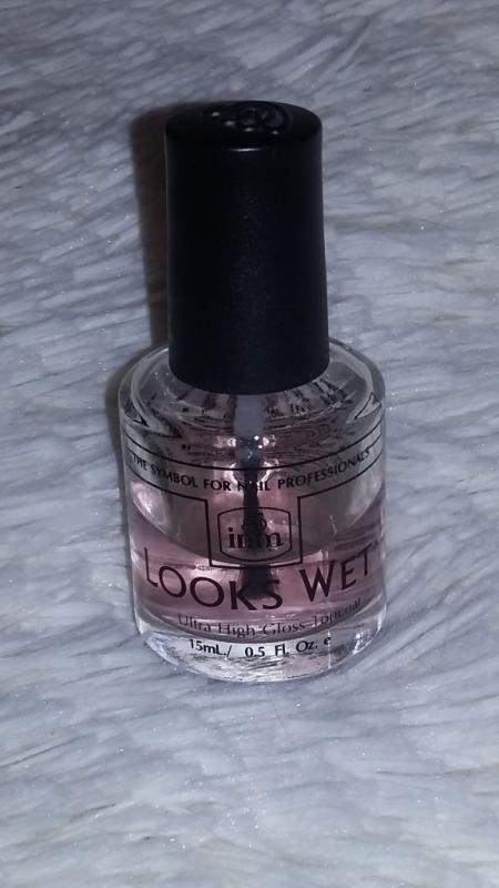 Закрепитель лака с эффектом влажного ногтя Looks wet от INM