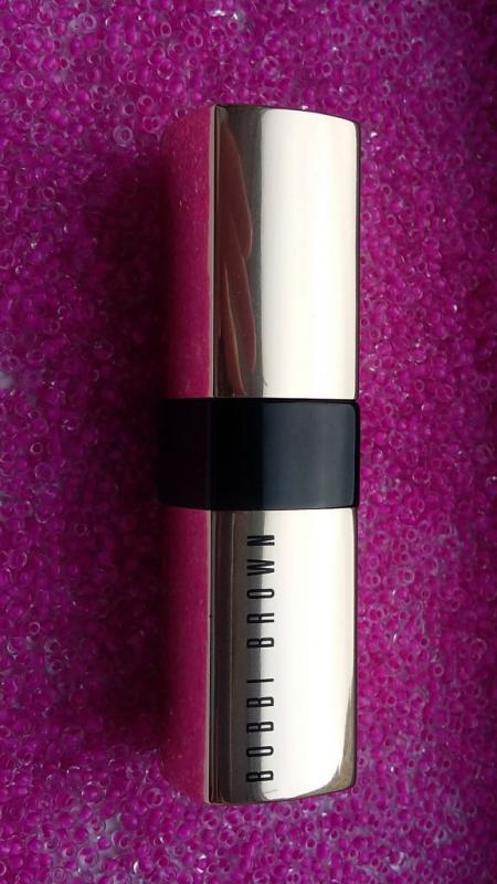 Помада для губ Luxe lip colour (оттенок № 12 Hot rose) от Bobbi Brown