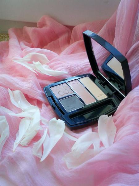 Тени для век (оттенок Nearly Naked - Подлинная красота) от Avon