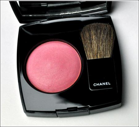 Компактные румяна Joues Contraste от Chanel