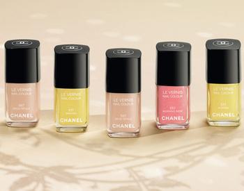 Лак для ногтей №557 Morning Rose oт Chanel