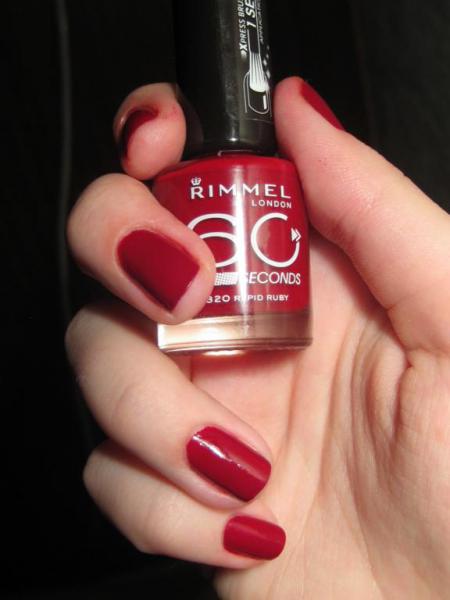Лак для ногтей 60 Seconds Nail Polish (оттенок 320 Rapid Ruby) от Rimmel