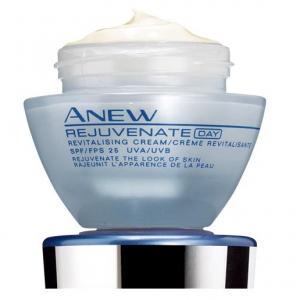 Восстанавливающий дневной крем для лица SPF 25 UVA/UVB от Avon