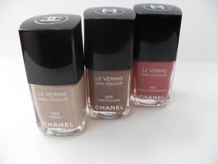 Лаки для ногтей LE VERNIS (оттенки № 559 Frenzy, 505 Particuliere, 491 Rose Confidentiel) от Chanel