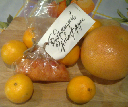 """Соль для ванны """"Бодрящий грейпфрут"""" от Мыловаров"""