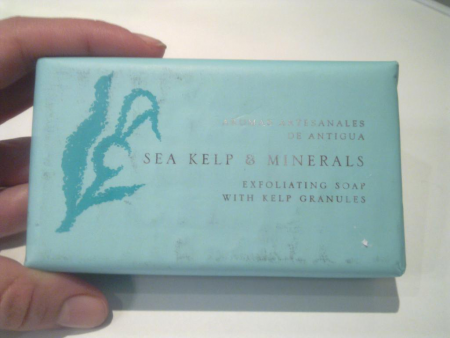 Мыло-эксофолиант с морскими водорослями и минералами от Aroma artesanales de Antigua