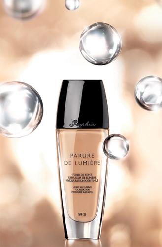Тональный крем Parure De Lumiere (оттенок № 02) от Guerlain