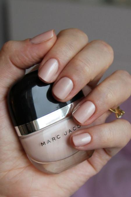 Лак для ногтей (оттенок № 102 Daisy) от Marc Jacobs