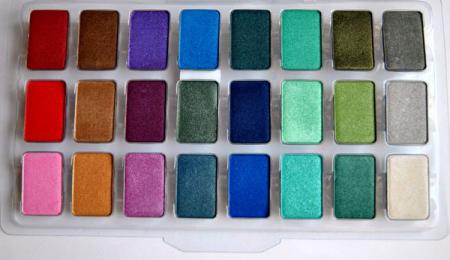 Одноцветные тени для век (оттенки P-361, 853, 761) от Jeans
