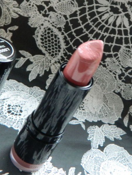 Губная помада Round Lipstick (оттенок Thalia) от NYX
