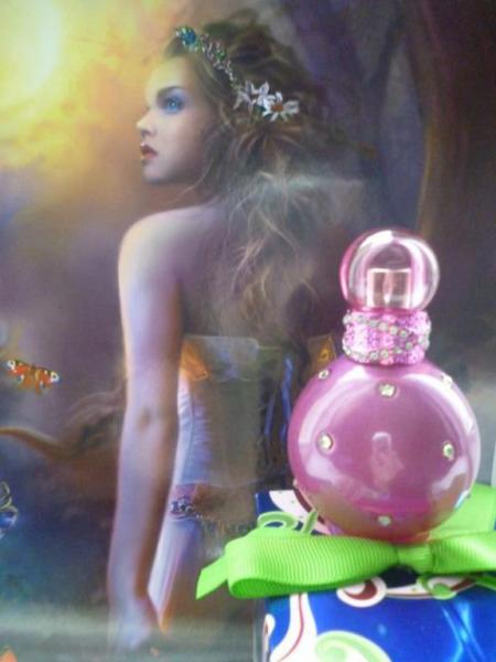 Парфюмированная вода Fantasy от Britney Spears